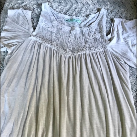 Maurices Tops - Maurices, off white , shoulders out top, medium